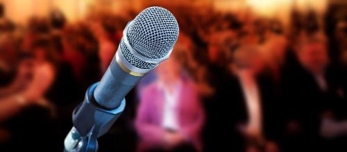 Event-Moderation: 7 Dinge, auf die gute Event-Moderatoren achten sollten
