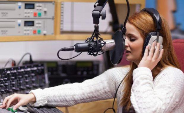 Praktikum Radio
