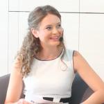 Moderatorin Lena Reuter buchen 5